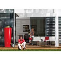 Réservoir 350 L Color Tomato Garantia implanté sur une terrasse