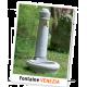 Fontaine Venezia Garantia dans un jardin